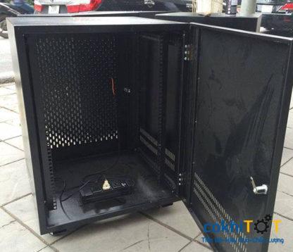 tủ rack 12U màu đen