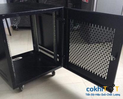 tủ rack 15U cửa lưới màu đen