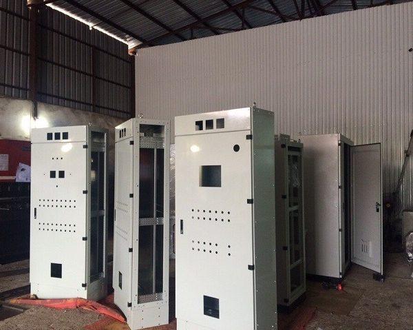 sản xuất tủ điện composite