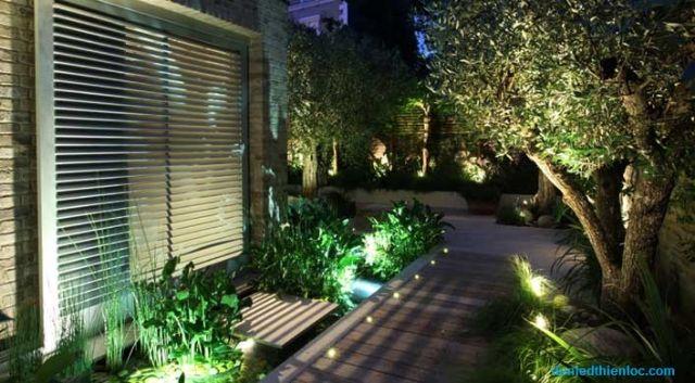 đèn trang trí sân vườn 6