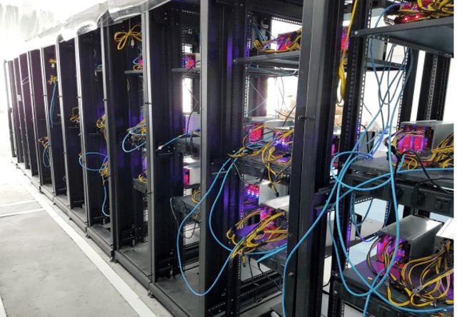 chọn tủ rack cho hệ thống máy đào bitcoin
