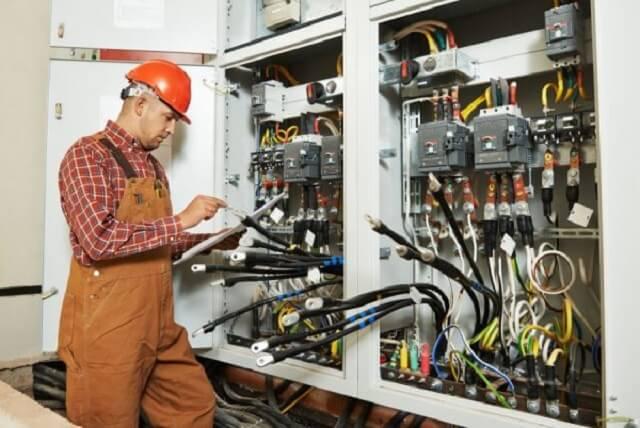 Quá nhiệt tủ điện là gì